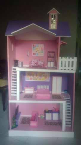 Mainan rumah barbie plus perabot dan boneka