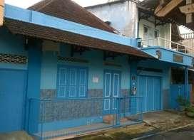 Jual Rumah 2 lantai Dekat Jalan Keratonan Solo