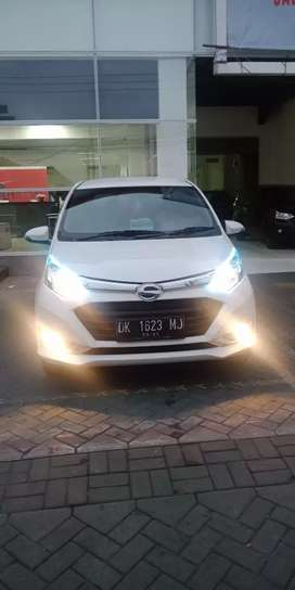 Sigra R mt Deluxe th 2018 asli Dk beli dari baru warna putih low km