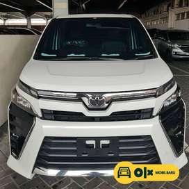 [Mobil Baru] Toyota Voxy 2.0 matic ( Cuci Gudang )