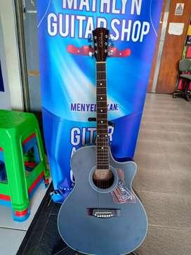 Gitar akustik inlay gading