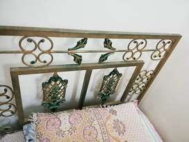Single iron bed and dressing table