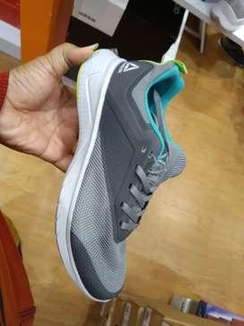 Sepatu sport Reebok ori murah