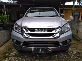 Isuzu Mux Turbo Diesel 2.5L Good Condition