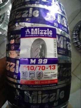Mizzle M99 110/70-13 Tubeless Ban nmax