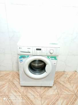 LG throm front load washing machine white colour
