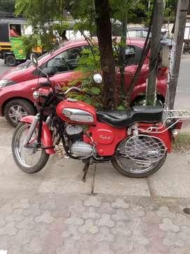 Yahmaha rajdoot bike