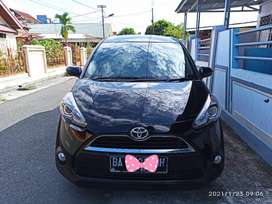 Toyota Sienta 2017