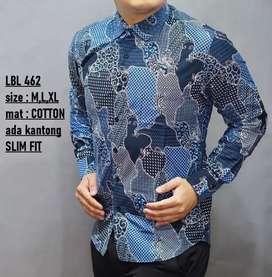 Kemeja batik motif kolase tambalan warna dominan biru LBL462