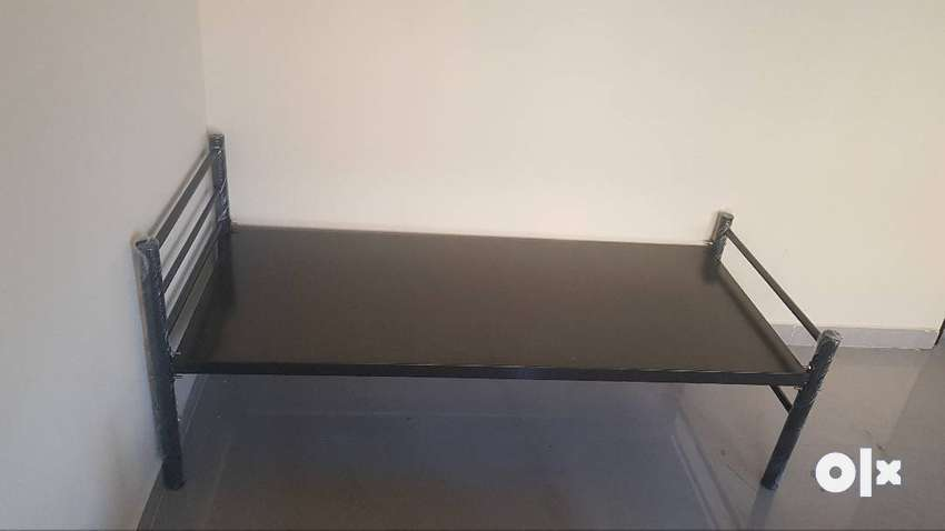 New wrought iron single cot complete Metal single bed 0