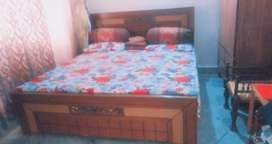 Bed+Dressing Table for Sale
