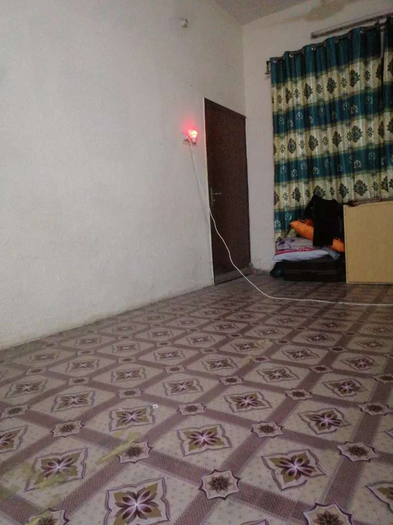 Room mate Furnished Room (wifi Included)