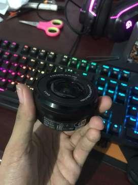 Lensa Sony 16-50mm f/3.5-5.6 OSS