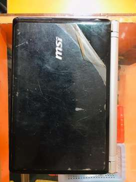 MSI Note Book  U I160DXH