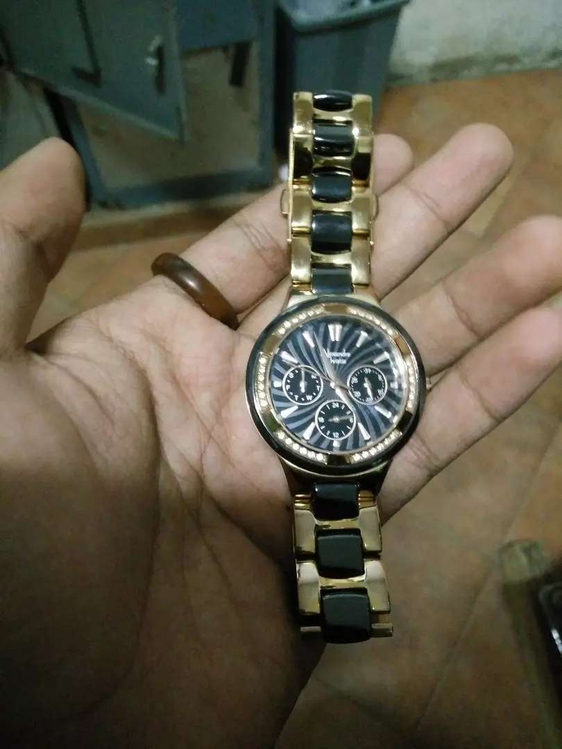 Alexandre Christie gold and black 0