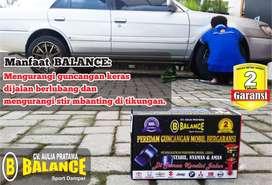 Tetap STABIL di semua kondisi jalan dengan BALANCE Sport DAMPER