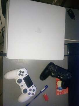 Sony Playstation 4 with Platinum Headset