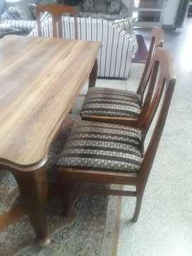 Sagwan Wooden dining table with sagwan wood chairs