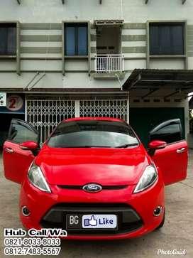Dijual Santai Ford Fiesta 1.4 MT 2013