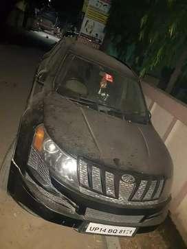 XUV 500 black color, meerut transfer number, W8 model, manual