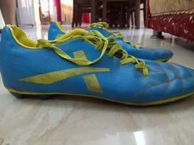 Victor studs ( football shoes)