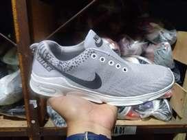 Sepatu Nike Olah Raga Termurah