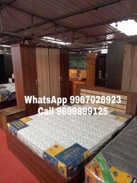 Manufacturing rate wooden Bedroom set.