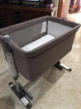 mini comfy Baby Does/ Box bayi