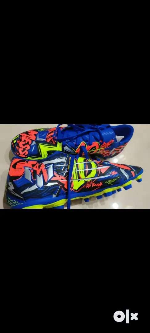 Adidas Nemeziz 19.3 Messi studs (Size 9)