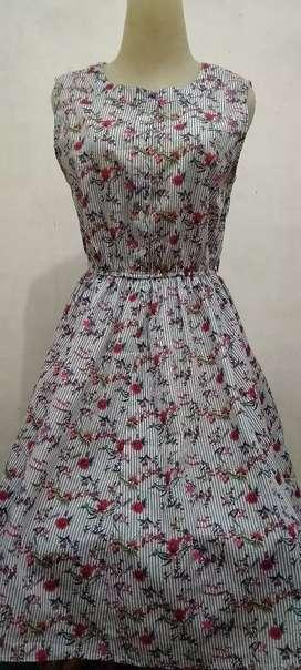 Dress wanita...