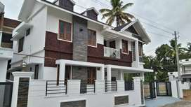 4 bhk 2200 sqft new posh gated villa at kakkanad near thevakkal