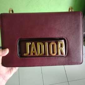 JADIOR SEPREM AAA