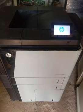HP laser jet m806dn