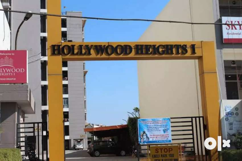 2 bhk flat for rent at prime location on VIP road 0
