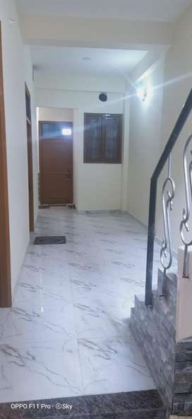 1 Room set are available for rent near sector -6 (gurgaon village)
