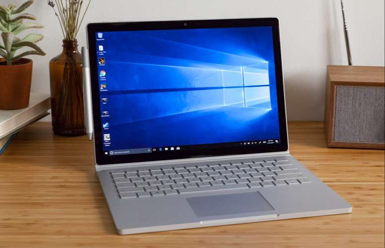 MicroSoft Surface Book Core i5 6th Ram 8 Ssd 128 Excellent Condition 0