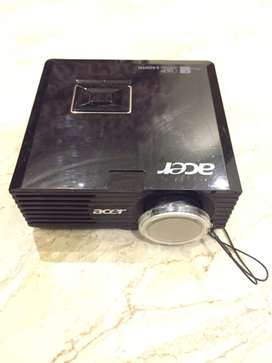 ACER LED Projector DSV0920 for Sale