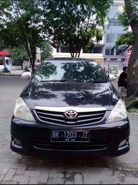 Toyota kijang Innova G manual bensin mulus
