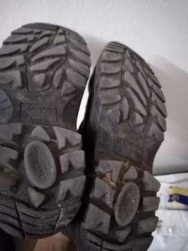 Safety shoe (size-8)