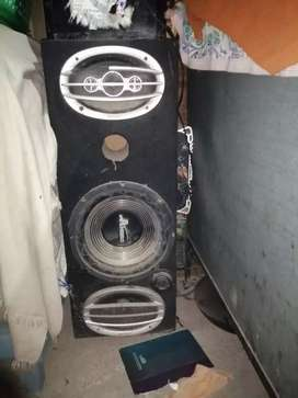 Car woofer and channal
