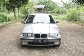 BMW 323i e36 A/T