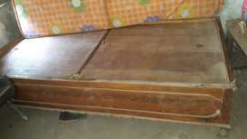 It is box bed inside, good and strong condition,