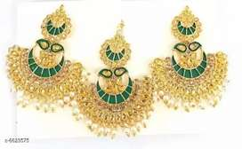 Jewelry  mangtika with earrings