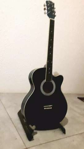 Focus guitar - hardly used .  .
