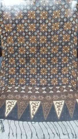 Selendang batik klasik