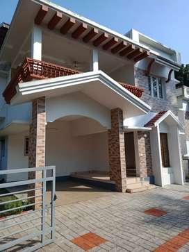 3 bhk 1700 sqft 4.5 cent new build gate villa at aluva near choondy