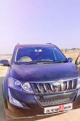 Mahindra XUV500 black colour  2013 Diesel Well Maintained