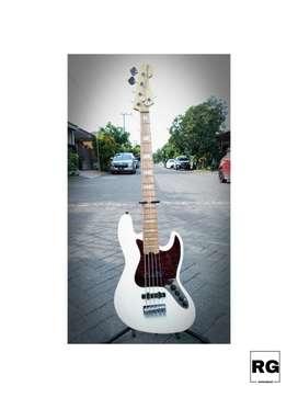 Bass Fender American Deluxe Jazz