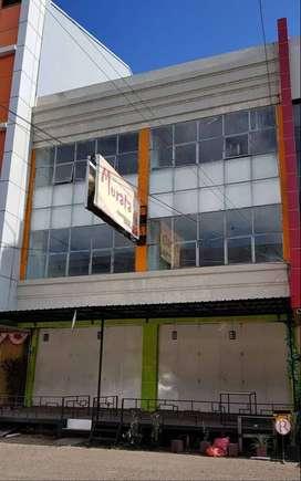 DIKONTRAKKAN 2 Unit Ruko Jade no.33-34 Uk. 10 x 18 Jl. A. P. Pettarani