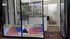 Studio Worker